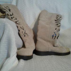 "WO Carlos Santana ""Artista"" Cream Leather Boots 6M"